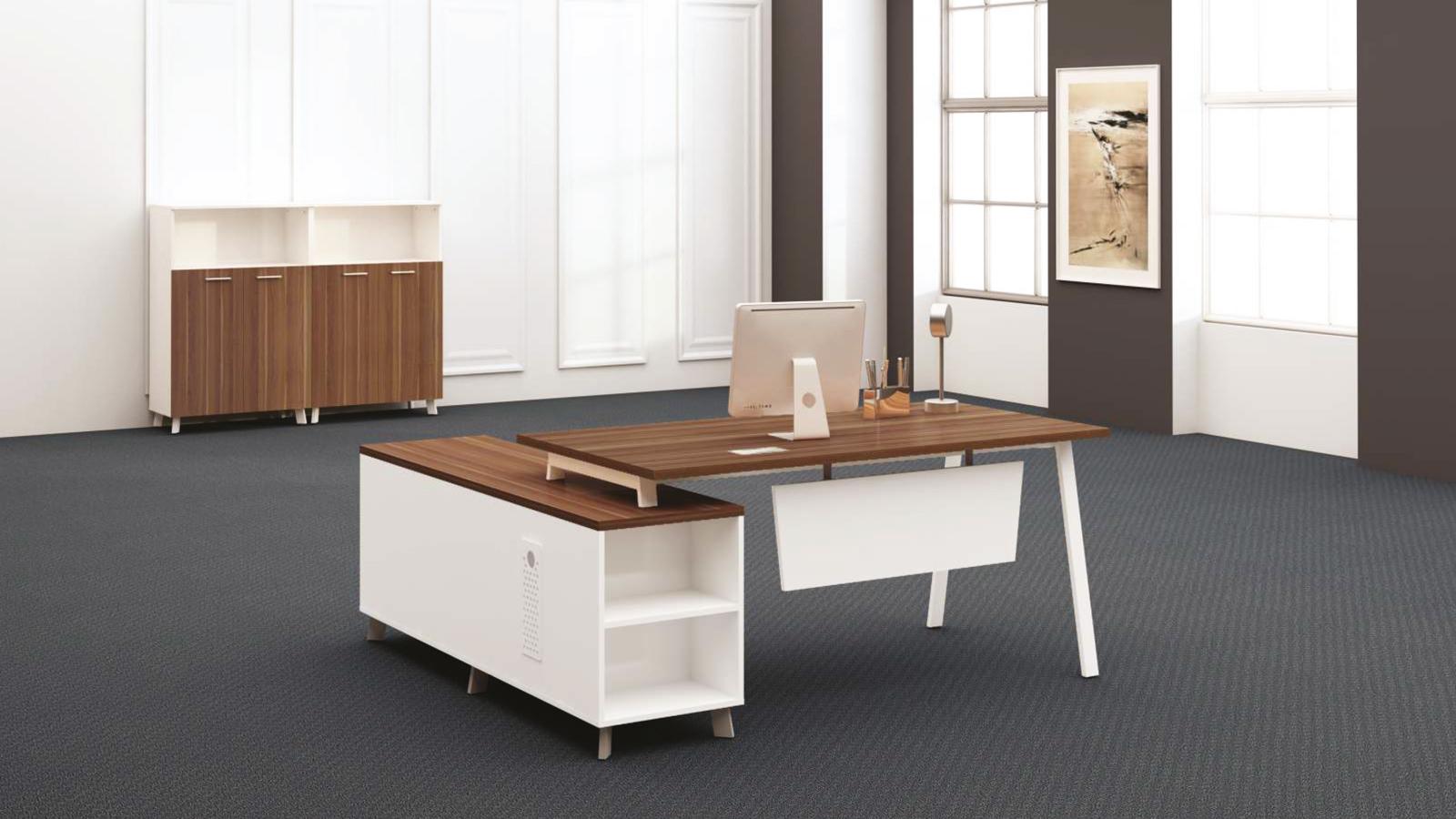 Simple Müdür Masası
